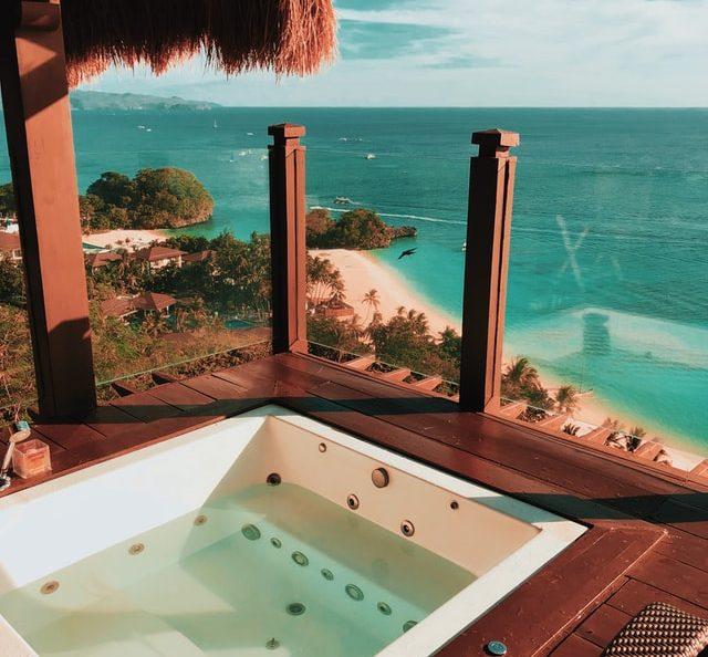 Waar moet je op letten als je een jacuzzi op je balkon wilt plaatsen?